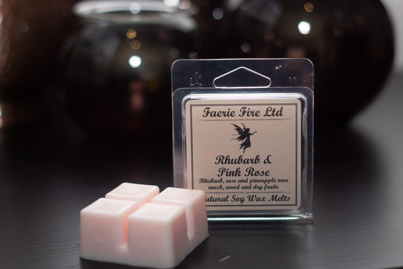 Rhubarb and Pink Rose Wax Melt Clam Shell Small scaled